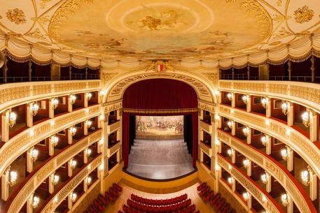 """"""""""" Dantedì: Oggi  il talk di Murubutu in streaming dal Piccinni con 700 studenti delle scuole baresi """""""