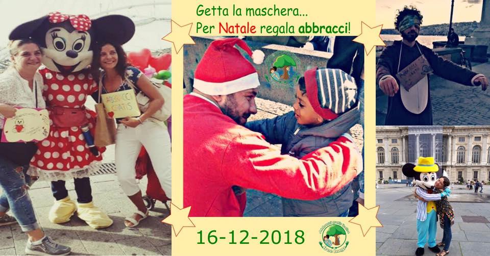 Bari, Getta la maschera...per Natale regala Abbracci!