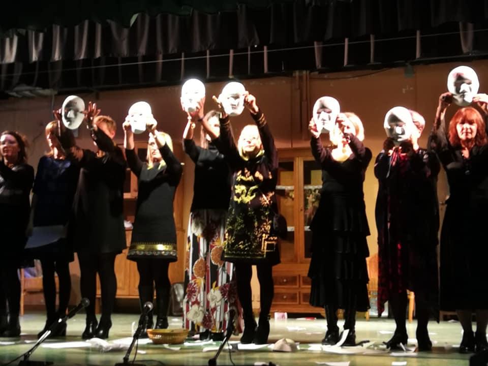 """La voce. Dodici donne in scena"""